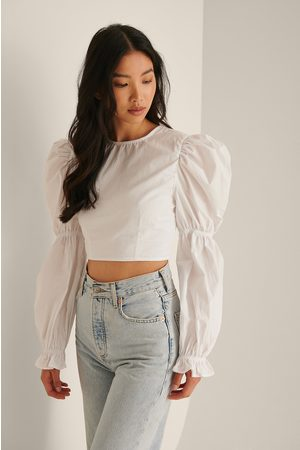 NA-KD Women Crop Tops - Recycled Cropped Open Back LS Blouse - White
