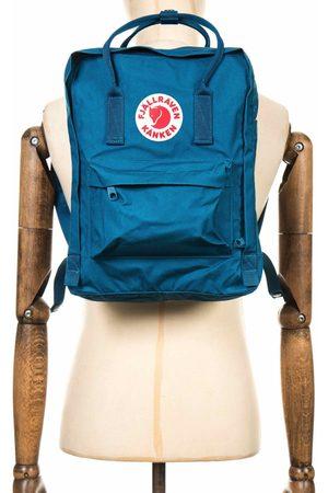 Fjällräven Fjallraven Kanken Classic Backpack - Glacier Colour: Glacier Gre