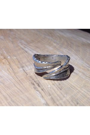 Collard Manson CollardManson 925 wrapped leaf ring