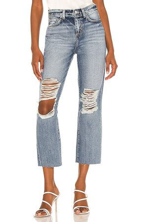 L'Agence Adele Slim Cropped Stovepipe in . Size 24, 25, 26, 27, 28, 29, 30, 31.