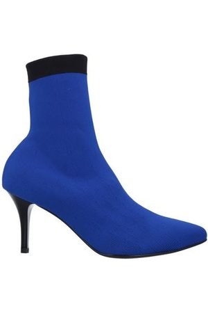 VICOLO Women Ankle Boots - FOOTWEAR - Ankle boots