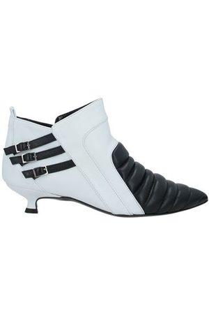 MARC ELLIS FOOTWEAR - Shoe boots