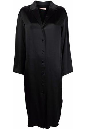 12 STOREEZ Satin-finish shirt dress