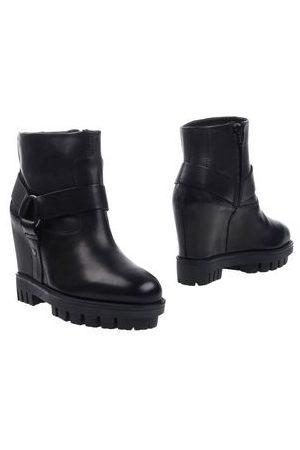 Hogan Rebel Women Ankle Boots - FOOTWEAR - Ankle boots