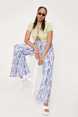 NASTY GAL Womens Plus Size Abstract Print Plisse Flare trousers