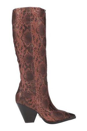 Lola Cruz FOOTWEAR - Knee boots