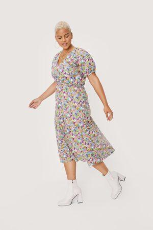Nasty Gal Womens Plus Size Floral Wrap Puff Sleeve Midi Dress