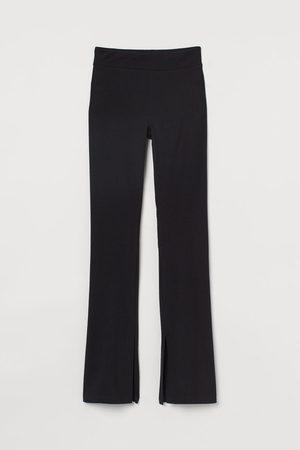 H&M Flared slit-detail leggings