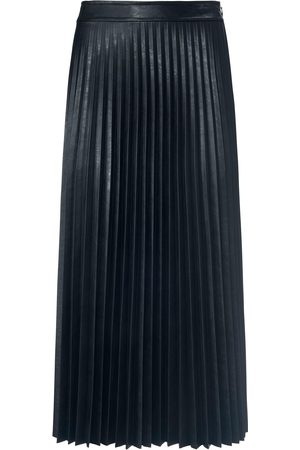 St. Emile Pleated skirt in leather look size: 18