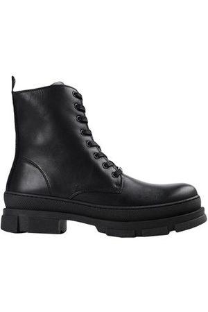 STEVE MADDEN FOOTWEAR - Ankle boots