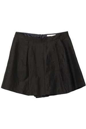 L' AUTRE CHOSE Women Bermudas - BOTTOMWEAR - Shorts & Bermuda Shorts