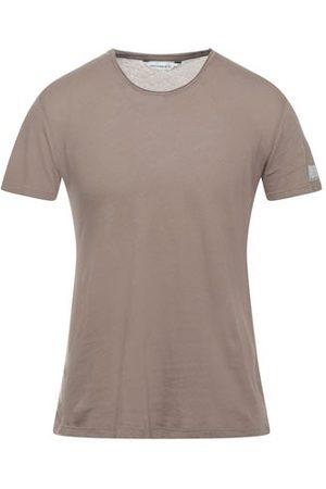 ELEVEN PARIS TOPWEAR - T-shirts