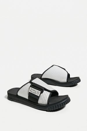 SHAKA & Black X-Packer Sandals - UK 6 at Urban Outfitters