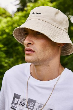 iets frans... Iets frans. Washed Ecru Bucket Hat - Beige ALL at Urban Outfitters