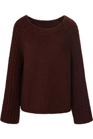 True Round neck jumper long raglan sleeves size: 10