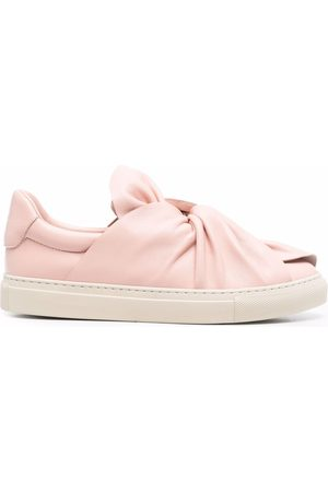 Ports 1961 Valentines day bow sneakers