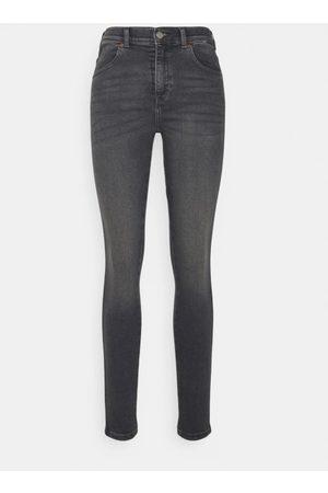 Dr Denim Women s Lexy Stone Jeans