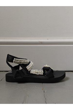 Arizona Love Double Pearl Ankle Strap Trekky Sandals