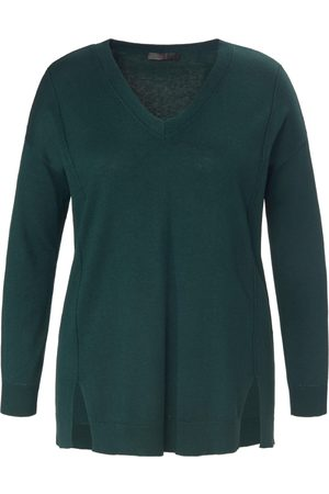 Emilia Lay V-neck jumper in wool mix size: 14