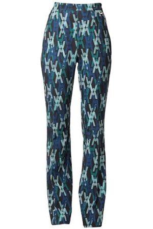 Guess BOTTOMWEAR - Trousers