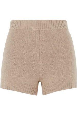 8 BOTTOMWEAR - Shorts & Bermuda Shorts