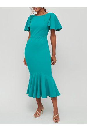Very Round Neck Angel Sleeve Midi Dress