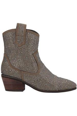 Alma en Pena FOOTWEAR - Ankle boots