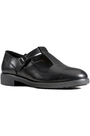 Clarks Griffin Town Leather Flat Shoe