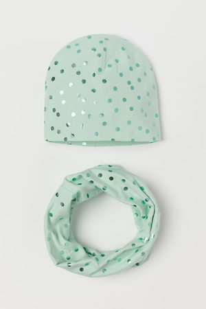 H&M Cotton hat and tube scarf