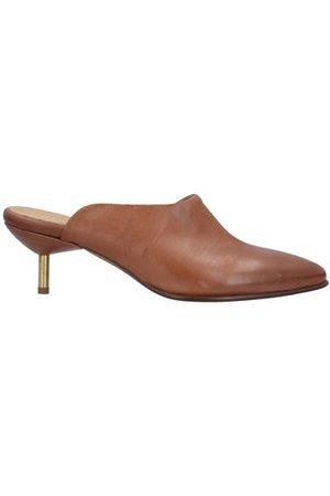 ERNESTO DOLANI FOOTWEAR - Mules & Clogs