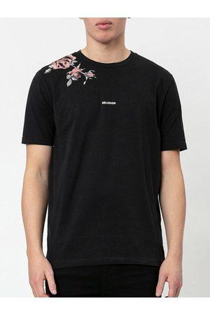 Religion Metal Salute Print T-Shirt