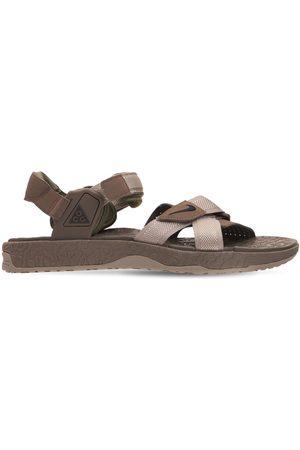 Nike Air Deschutz Sandals
