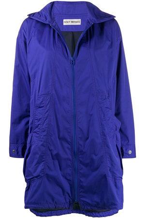 Issey Miyake Pre-Owned Women Rain Jackets - 2000s hooded raincoat
