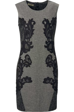 Uta Raasch Sleeveless dress a round neckline size: 10