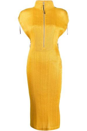 Issey Miyake 2000s plissé midi dress