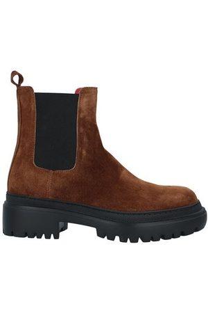 PAS DE ROUGE Women Ankle Boots - FOOTWEAR - Ankle boots
