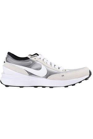 NIKE FOOTWEAR - Trainers