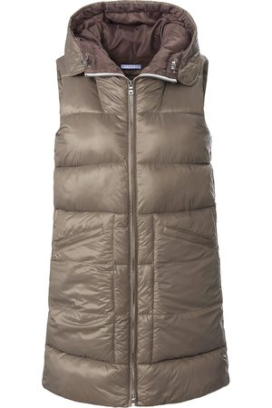 DAY.LIKE Long quilted gilet in oversized style size: 10