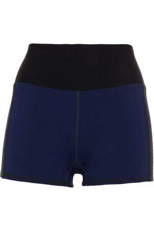 APL® ATHLETIC PROPULSION LABS Women Sports Shorts - Woman Two-tone Stretch Shorts Navy Size L