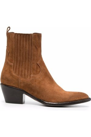Buttero Suede pointed-toe chelsea boots
