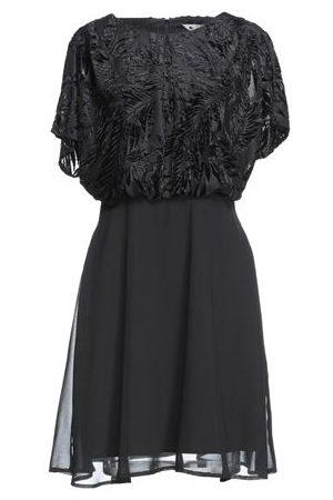 YUMI' DRESSES - Short dresses