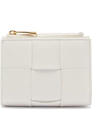 Bottega Veneta Cassette Intrecciato-leather Bi-fold Wallet - Womens