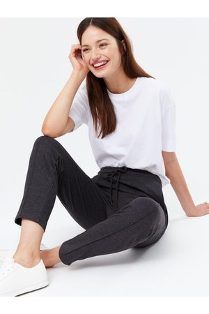 New Look Ponte Pintuck Trousers