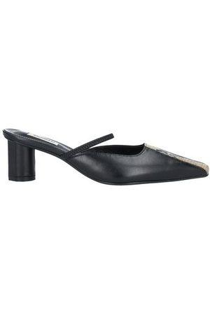 Salondeju FOOTWEAR - Mules & Clogs