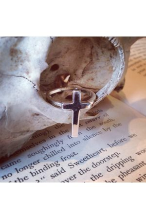 Window Dressing the Soul WDTS 925 Cross Ring