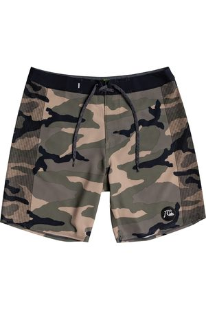"""Quiksilver Highlite Arch 16"""" Boys Boardshorts - Thyme"""