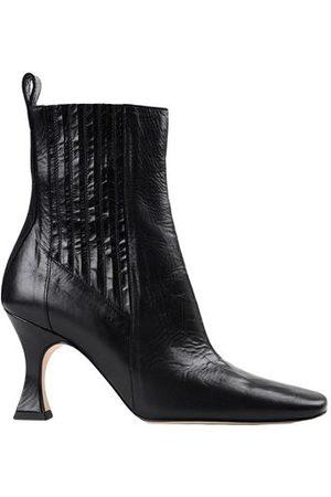 MIISTA Women Ankle Boots - MIISTA