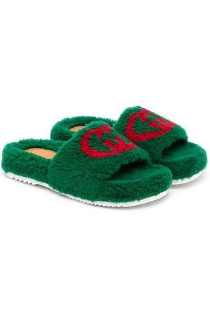 Gucci Boys Sandals - Interlocking G faux-fur slides