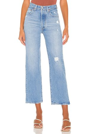 Levi's Ribcage Straight Ankle Jean in . Size 25, 26, 27, 28, 29, 30, 31, 32.