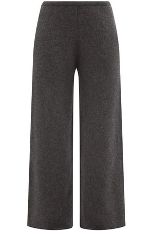 Raey Wide-leg Knitted Cashmere Trousers - Womens - Charcoal